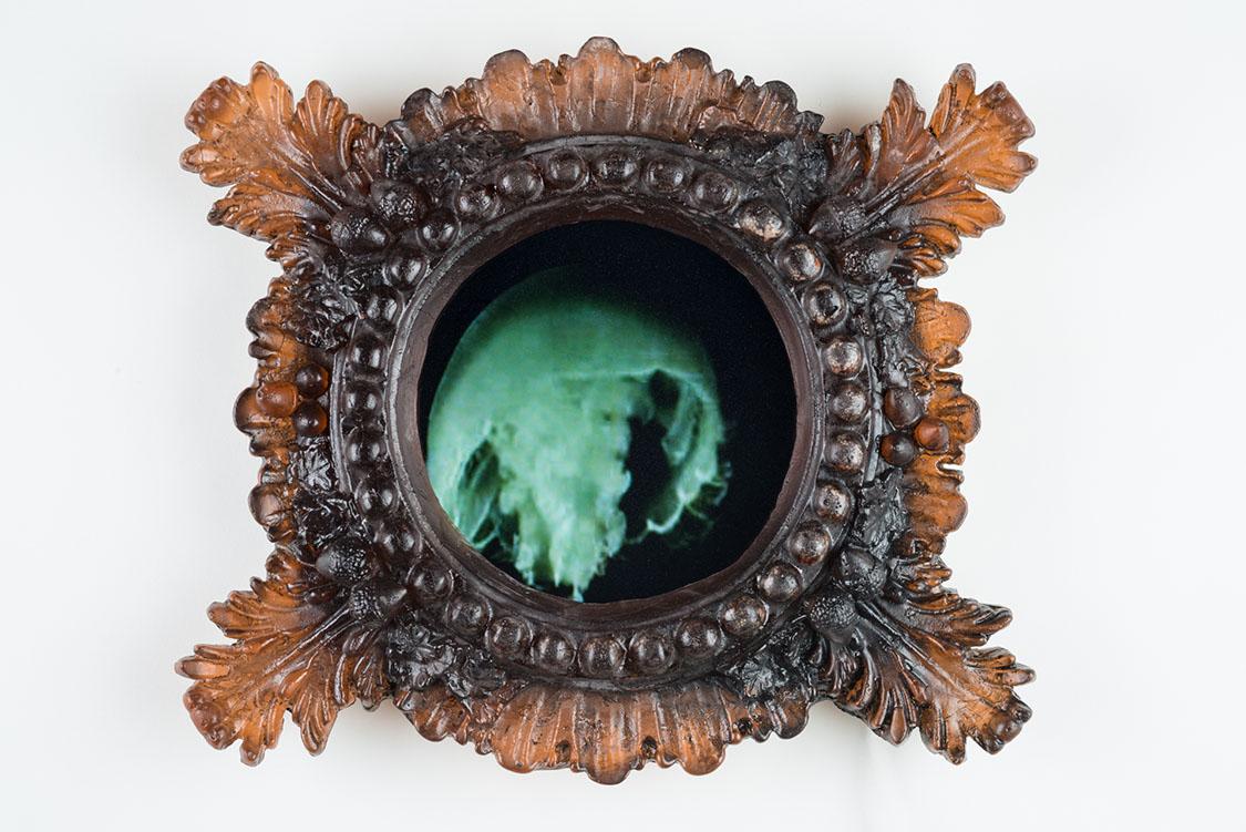 Tim Tate Sculpture Titanic Portal 2014 glass